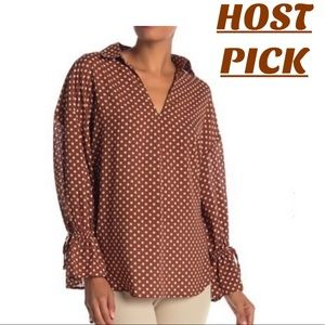 •NORDSTROM V NECK POLKA DOT BLOUSE•
